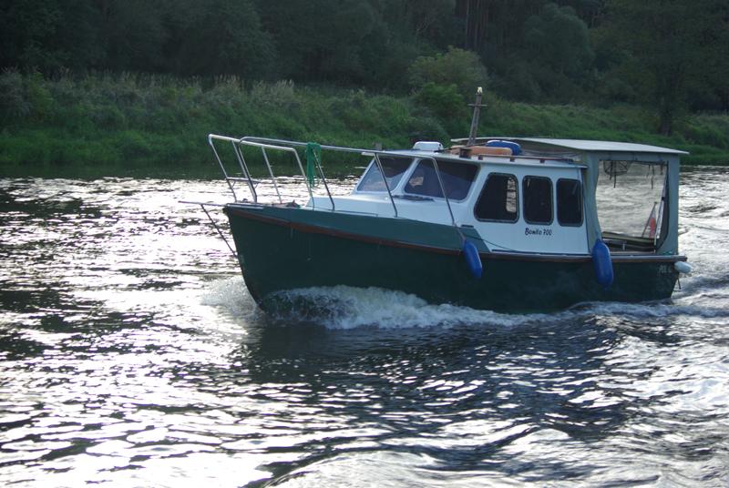 Bonito 700 jacht motorowy motorboat cruiser boat